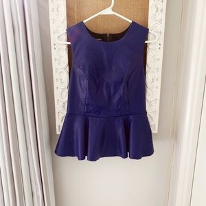Tops - Super gorgeous peplum top